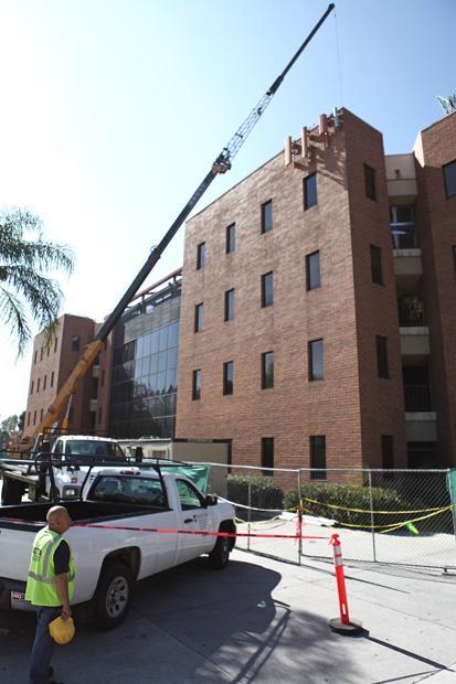 Santa Susana Hall Undergoes Major Repairs The Sundial
