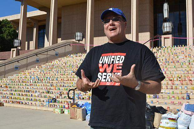 Richard Weinroth, foodbank director and executive chef of Meet Each Need With Dignity (MEND), said that he was greatful for all the hard work that CSUN put into the clothing and food drive. All of the donations raised were given to MEND, an organization focused on helping impoverished people and families. Photo credit: John Saringo-Rodriguez