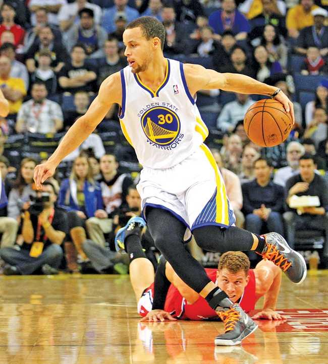 Warriors versus Clippers basketball
