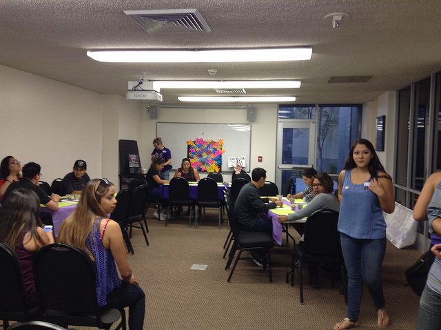 The Sigma Alpha Zeta sorority hosted a workshop with A Window Between Worlds to promote Domestic Violence Awareness Month. Photo Credit: Manny D. Araujo / The Sundial
