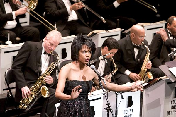 Nnenna Freelon's impressive vocals accompany the orchestra. Photo courtesy of David Garten