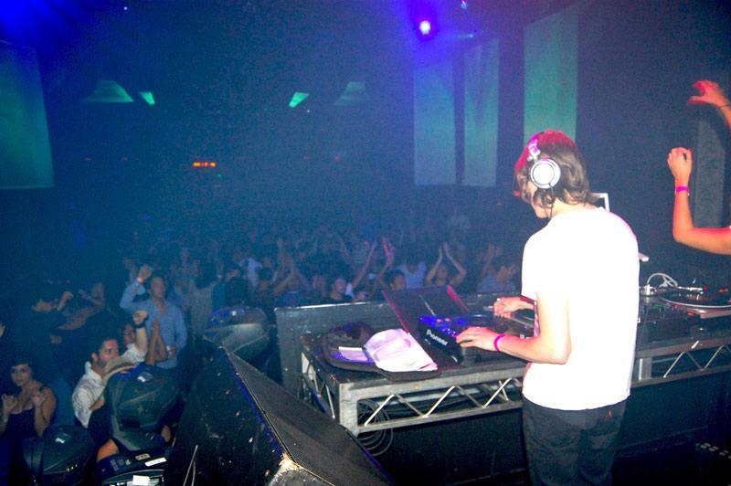 DJ Mr. White performs for the crowd. Photo Credit: Avi Yashaya / Contributing Reporter