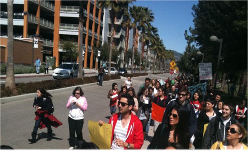 Students protesting on Etiwanda Avenue.