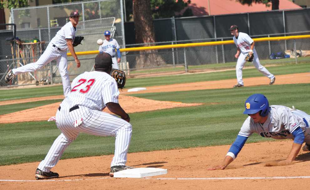 PICKOFF THROW: Matador starter Vincent Roberts throws to first base in an attempt to get UCSB's Ryan Palermo in Friday's 4-0 win against the Gauchos at Matador Field. Photo Credit: Herber Lovato / Assistant Photo Editor