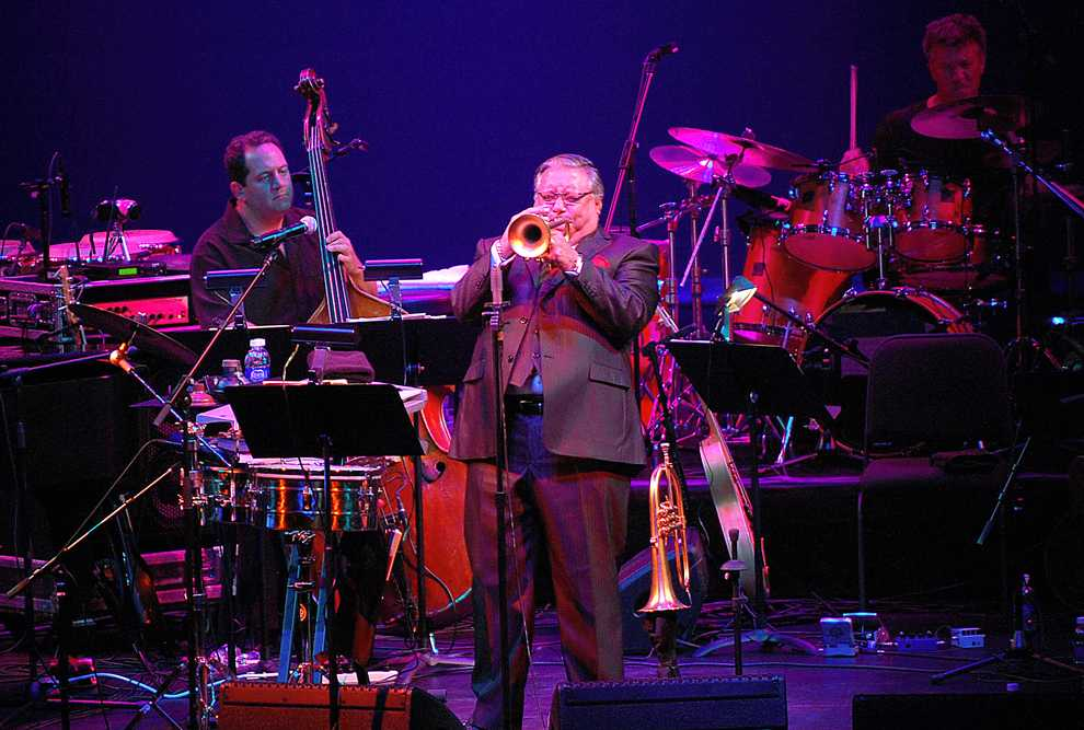 Arturo+Sandoval+and+his+band+opened+the+Valley+Performing+Arts+Center+2011%2F2012+season+with+Latin+Jazz+music+on+Saturday.+Other+guest+lectures+and+performers+who+will+be+making+an+appearance+at+the+VPAC+this+month+include%2C+Jaime+Lee+Curtis+and+The+National+Acrobats+of+The+People%27s+Republic+of+China.+Herber+Lovato+%2F+Senior+Photographer