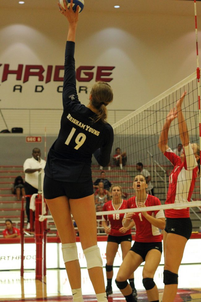 W-Vball: BYU overpowers Matadors in non-conference finale