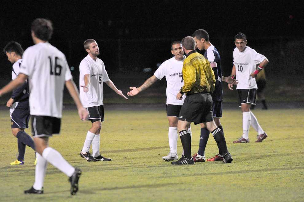 CSUN+midfielder+Rafael+Garcia+%287%29+asks+for+an+explanation+following+a+foul+on+Saturday+night+against+UC+Irvine.+The+Matadors+face+Cal+Poly+on+the+road+tonight.++Photo+Credit%3A+Monique+Mu%C3%B1iz+%2F+Senior+Photographer