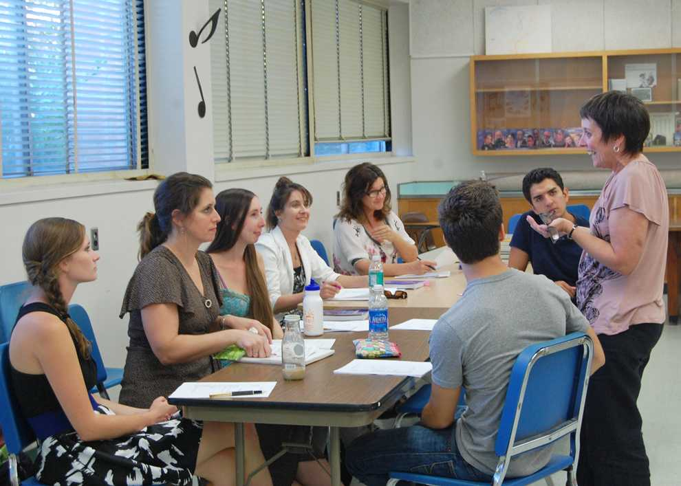 Music therapy students and Julie Berghofer, assistant director of music therapy clinic, in Music Therapy Improvisation class. Photo Credit: Madison Kaufmann / Daily Sundial