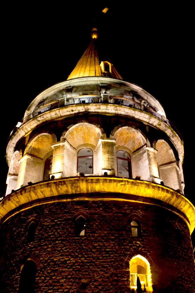 The+Galata+Tower%2C+or+Christea+Turris+in+Turkish%2C+is+a+medieval+stone+tower+located+in+the+Galata+District+in+Istanbul.+Locals+gather%2C+in+the+evenings%2C+in+the+courtyard+surrounding+the+tower+and+socialize%2C+drink%2C+and+play+tavla.+Photo+Credit%3A+Kat+Russell+%2F+Daily+Sundial