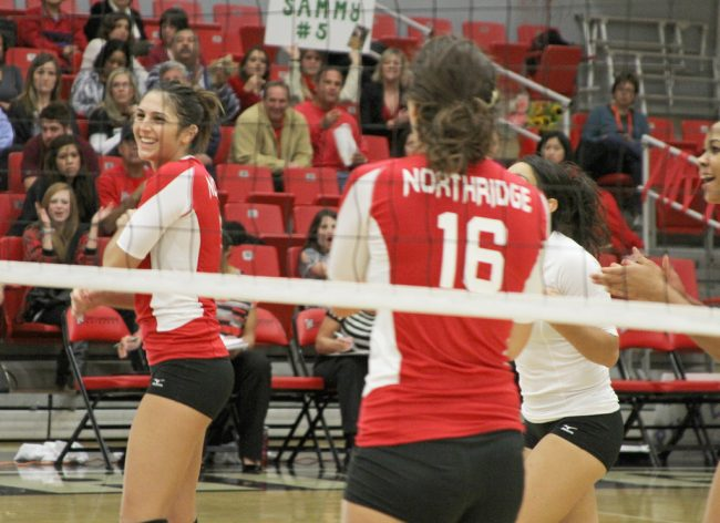 W-Vball: Matadors end Big West season with perfect Senior Night against Mustangs