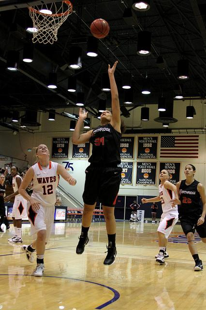 CSUN+center+Jasmine+Erving+%2834%29+scored+27+points+in+a+loss+to+Pepperdine+Saturday+afternoon.+Photo+Credit%3A+Tessie+Navarro+%2F+Visual+Editor