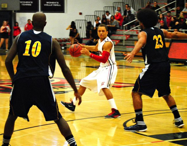 Men's basketball: CSUN's rally falls short in conference opener against UC Irvine