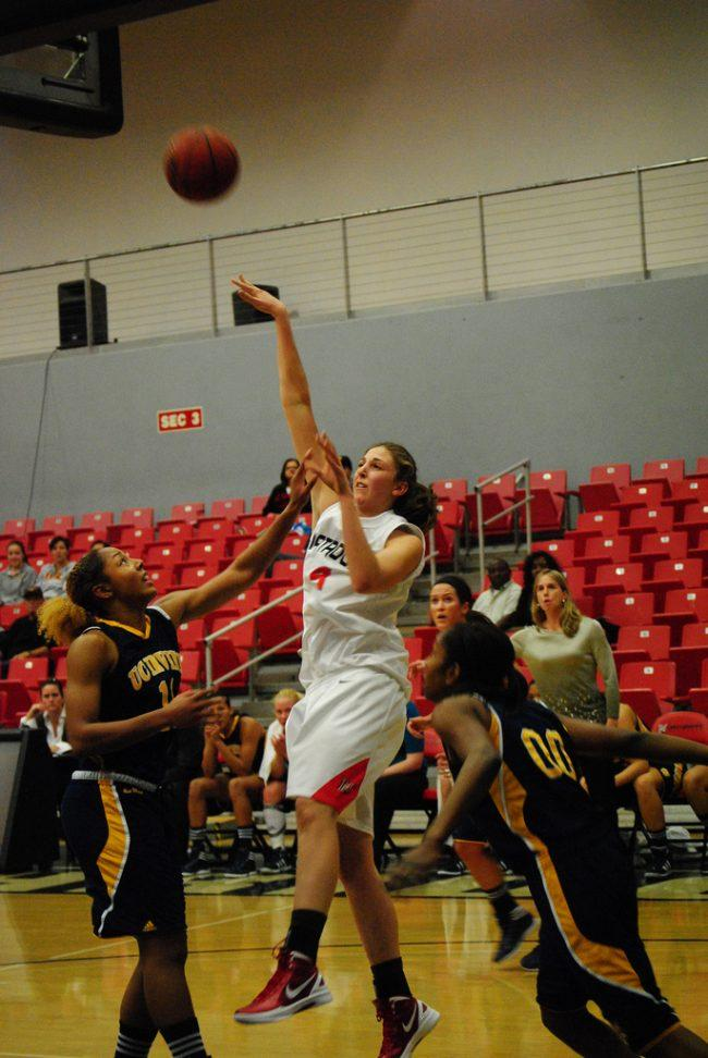Women's basketball: Matadors go 3-0 in Big West in win over Long Beach State