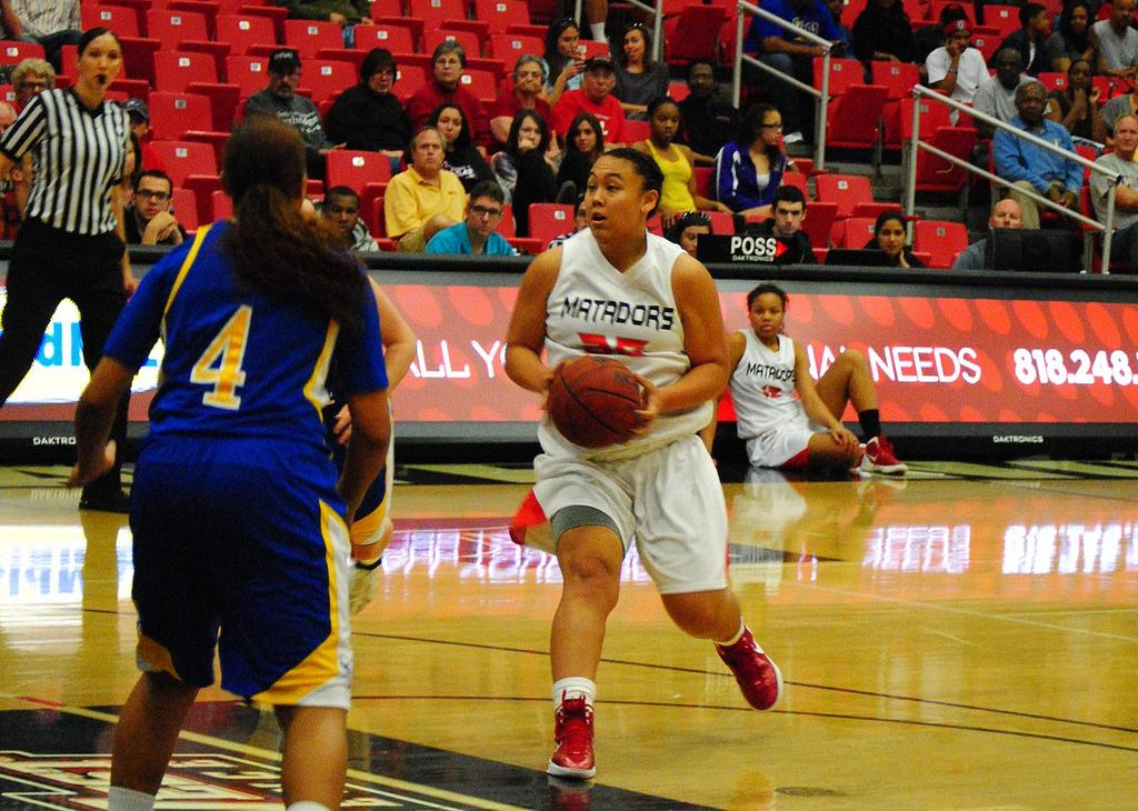 CSUN forward Jessica Duarte led the Matadors in the second half to defeat CSU Bakersfield Saturday night at the Matadome. Photo Credit: Andres Aguila / Senior Photographer