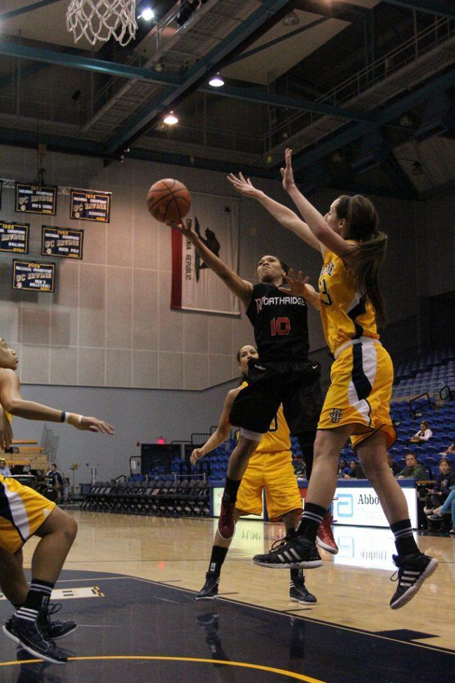 Women's basketball: Matadors fall short in double-overtime battle against Long Beach