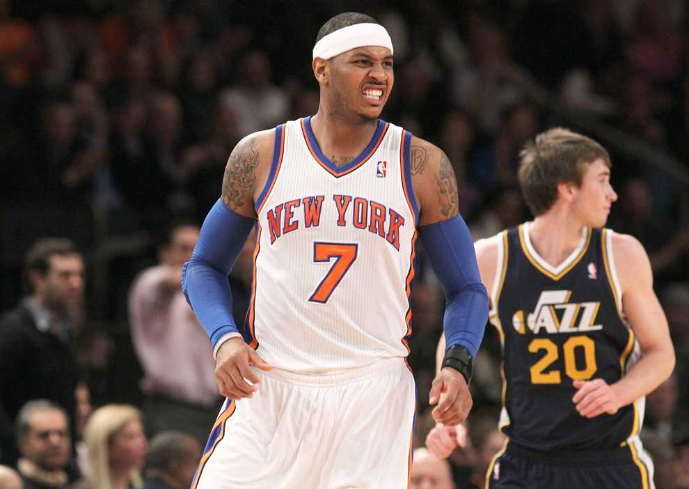 Carmelo+Anthony+grimaces+after+suffering+an+injury+during+a+Feb.+6+game+against+the+Jazz.+Anthony%E2%80%99s+injury+gave+previously-unknown+guard+Jeremy+Lin+a+chance+to+run+the+show+in+New+York.+Lin%E2%80%99s+had+huge+success+so+far.+Photo+courtesy+of+MCT