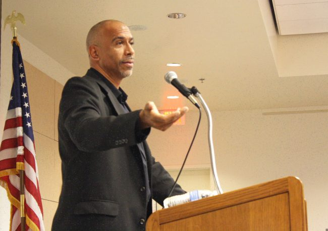 Dr. Pedro Noguera speaks at his lecture