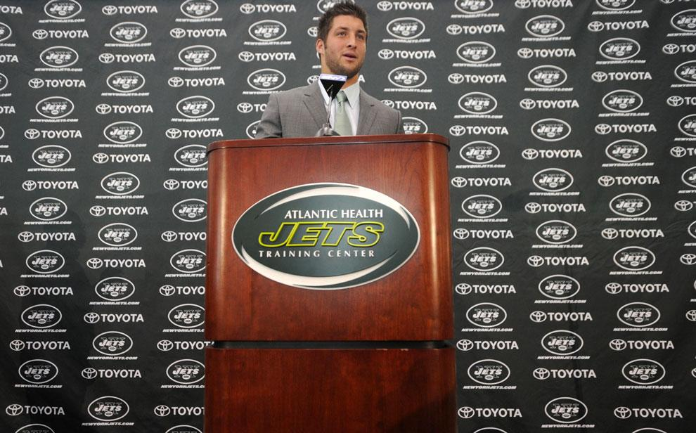 Tim+Tebow%2C+new+quarterback+for+the+New+York+Jets%2C+addresses+the+media+at+a++press+conference+in+Florham+Park%2C+New+Jersey+on+Monday.+Tebow+will+get+the+starting+position+once+Mark+Sanchez+starts+messing+up.+Courtesy+of+MCT