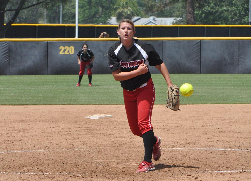 CSUN+pitcher+Brianna+Elder+throws+a+ball+to+a+Long+Beach+batter+Sunday.+The+Matadors+host+a+three-game+series+against+Cal+Sate+Fullerton+this+weekend.+Photo+Credit%3A+Mariela+Molina+%2F+Photo+Editor