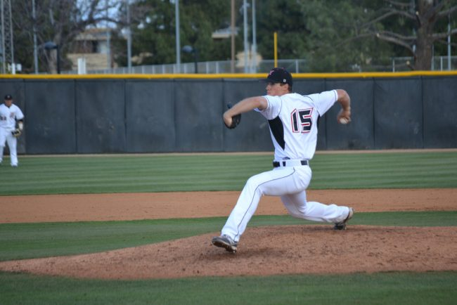 Baseball: Matadors can't keep up with Mustang bats in Game 2, split doubleheaeder