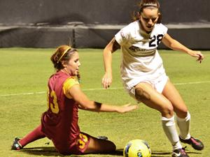 CSUN defense duels No. 22 Tennessee to scoreless draw