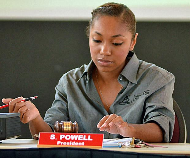Associated Students President Sydni Powell looks at her notes as she prepares to present her report to the other A.S. senators on Oct. 5. Photo credit: Jeffrey Zide / Contributor
