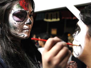 CSUN community celebrates Day of the Dead