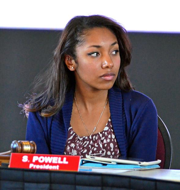 A.S. President Syndi Powell listens to Elections Chair Breanna Kyle suggest Senators be involved in the A.S. election process. Photo credit: Jeffrey Zide / Contributor