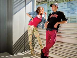 Dress up your CSUN gear in your wardrobe