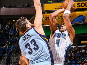 Marc Gasol's high IQ and toughness make him clear-cut choice for Defensive Player of the Year