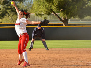 Softball: Seniors shine in doubleheader sweep against UC Riverside