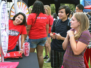 A.S. fair welcomes dozens of students back to CSUN