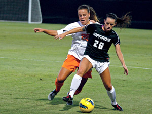 Women's Soccer: Veteran Leadership is key for back to back Big West Titles