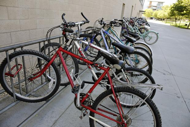 A survey taken during the Associated Students election last spring showed that while only 16.6 percent of students commute to school via bike, 79 percent of student are in favor of having a bike shop on campus. File Photo / Daily Sundial