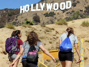 Students take advantage of the Hollywood Hike excursion hosted by Outdoor Adventures