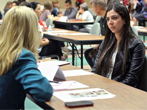 Students glean wisdom from business professionals at annual Speed Career Mentoring