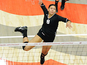 Women's Volleyball: Matadors sweep Riverside for fourth win in a row