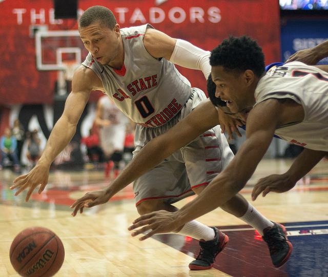 Matadors Fall Behind Early, Lose 72-67 at UC Irvine