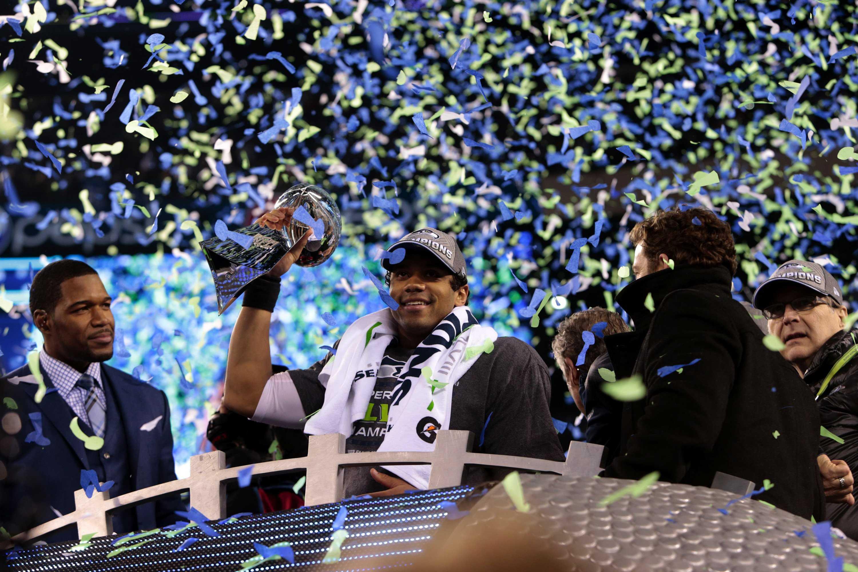 Daily Sundial recaps Super Bowl XLVIII through social media