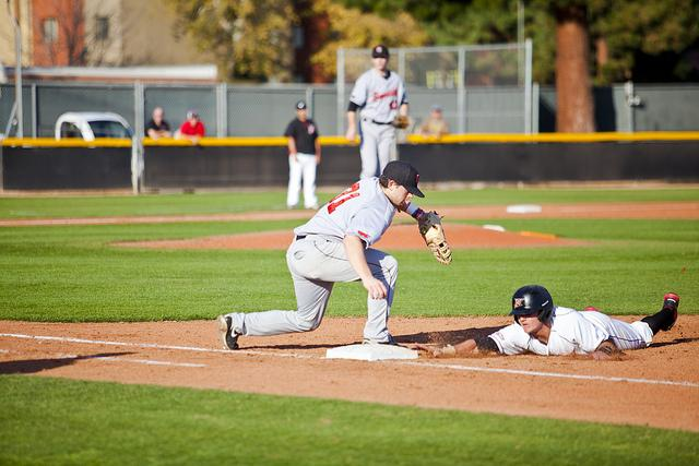 Baseball: Matadors score 11 but still lose to West Virginia