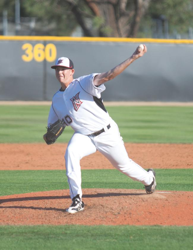 Baseball: Pitching let down by offense in 3-1 loss at CSUB