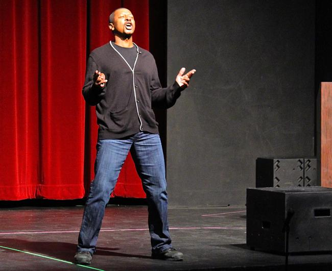 Robert Townsend inspires crowd of students to trust their 'instincts'
