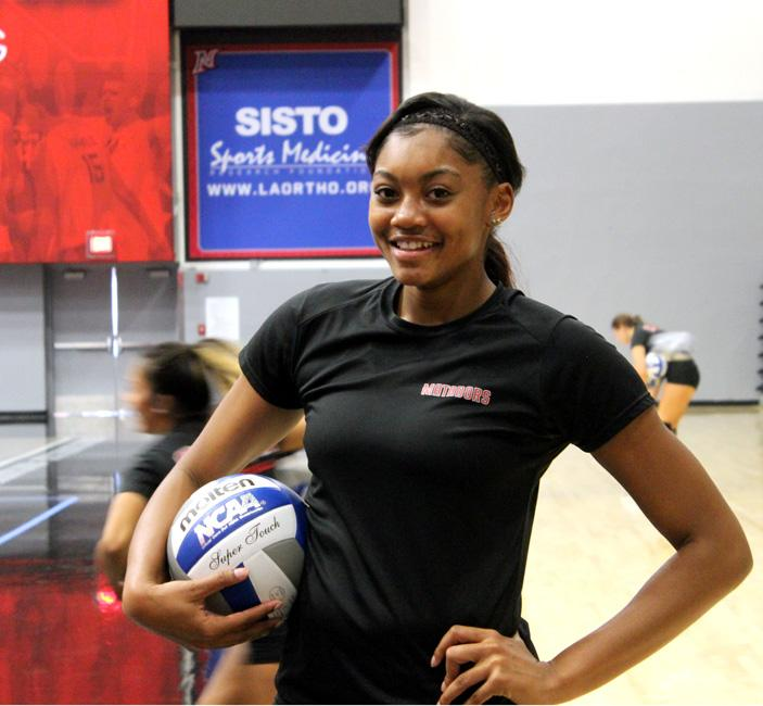 Ciena+Stinson%2C+junior%2C+outside+hitter+for+the+women%27s+volleyball+team%2C+was+named+Big+West+Player+two+weeks+ago.+On+Aug.+29+Stinson+obtained+15+kills+and+26+on+Aug.+30.+Photo+Credit%3A+Candice+Criss%2F+The+Sundial