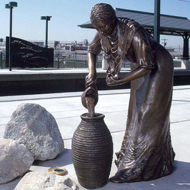 Ruth Ann Anderson titled her sculpture, Water Woman. It can be seen at the Lincoln and Cypress Metro Gold Line Station as well on Andersons website. Photo Courtesy: Ruth Ann Anderson