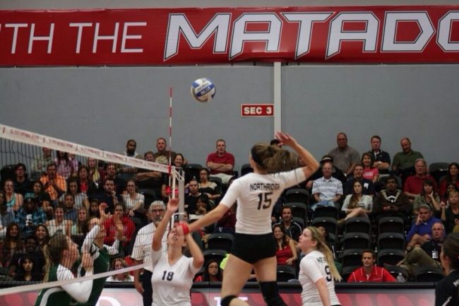 Women's Volleyball: Matadors rebound in Nike Invitational with defeat of Portland St.