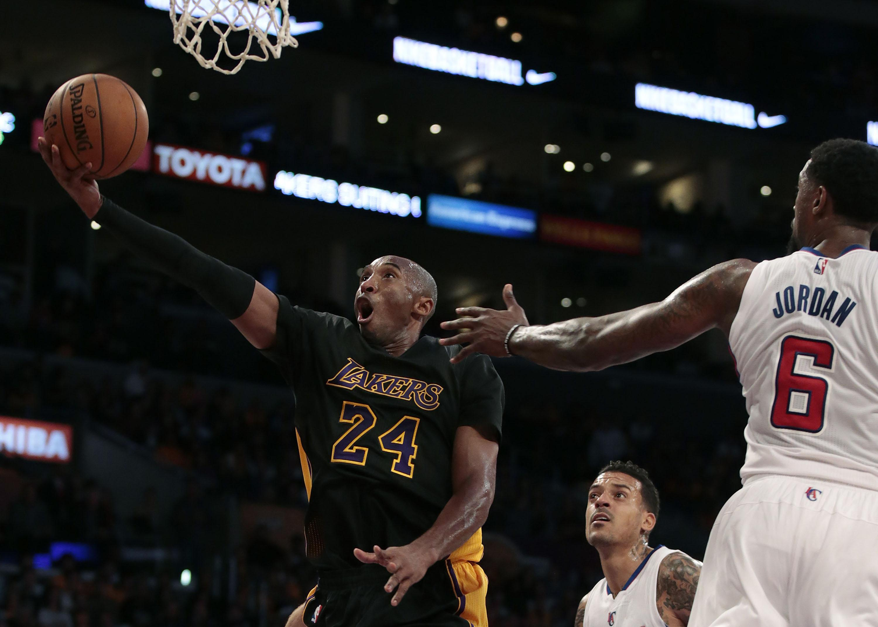 The Los Angeles Lakers and their fans shouldn't rush success. Time will help rebuild the team. Photo courtesy of Tribune News Services.