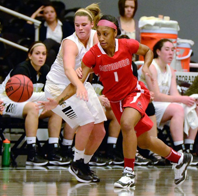 Women's Basketball: Matadors beat out Idaho Vandals in regular season opener