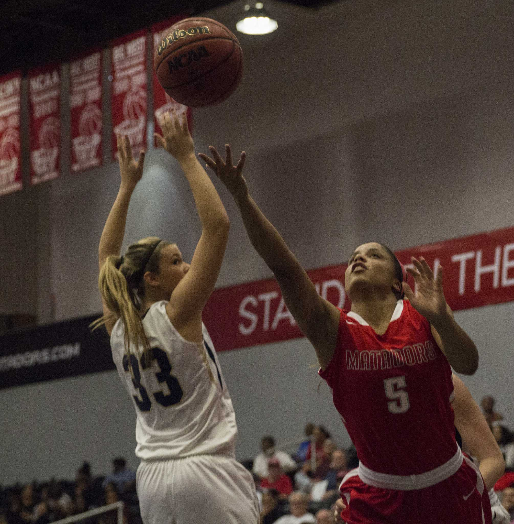 Ashlee Guay was instrumental in the women's basketball team over the break, earning a CSUN Athlete of the Week honor during the winter sessions. Photo credit: Trevor Stamp/Multimedia Editor