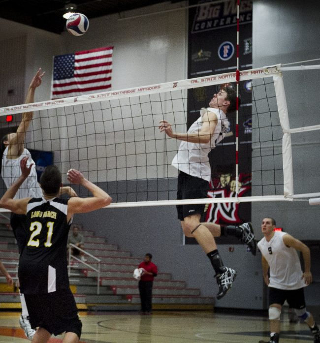 Men's Volleyball: CSUN sweeps George Mason to cap off preseason