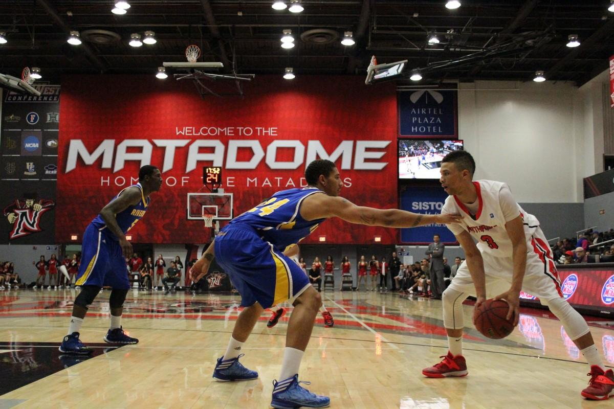 Men's Basketball: Turnovers, fouls key to CSUN's 66-62 loss to UC Riverside